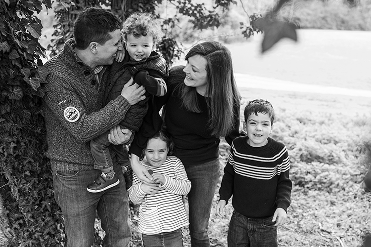 Sprint Family Portrait Shoot at Arrow Valley Park
